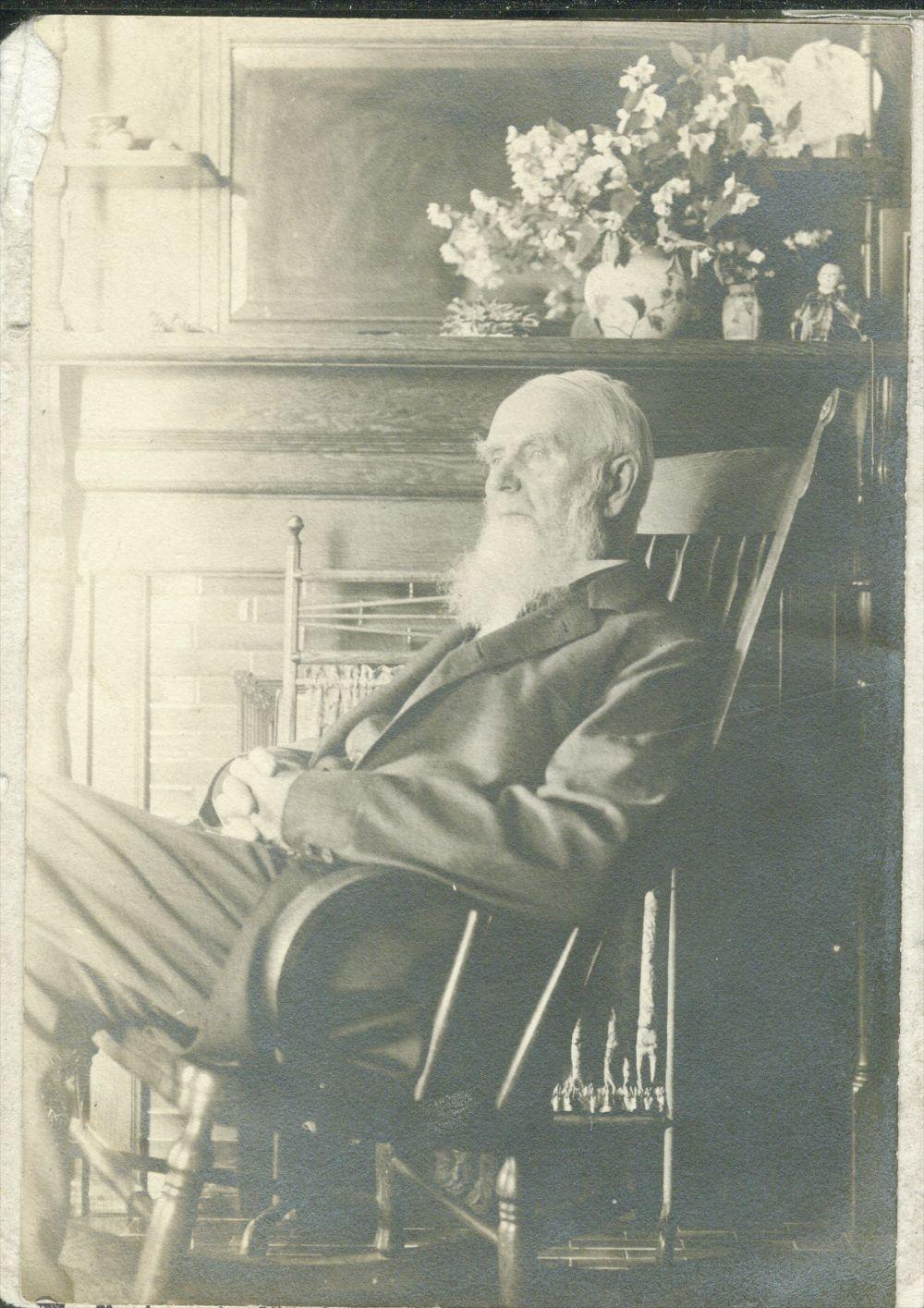 H. W. Farnsworth