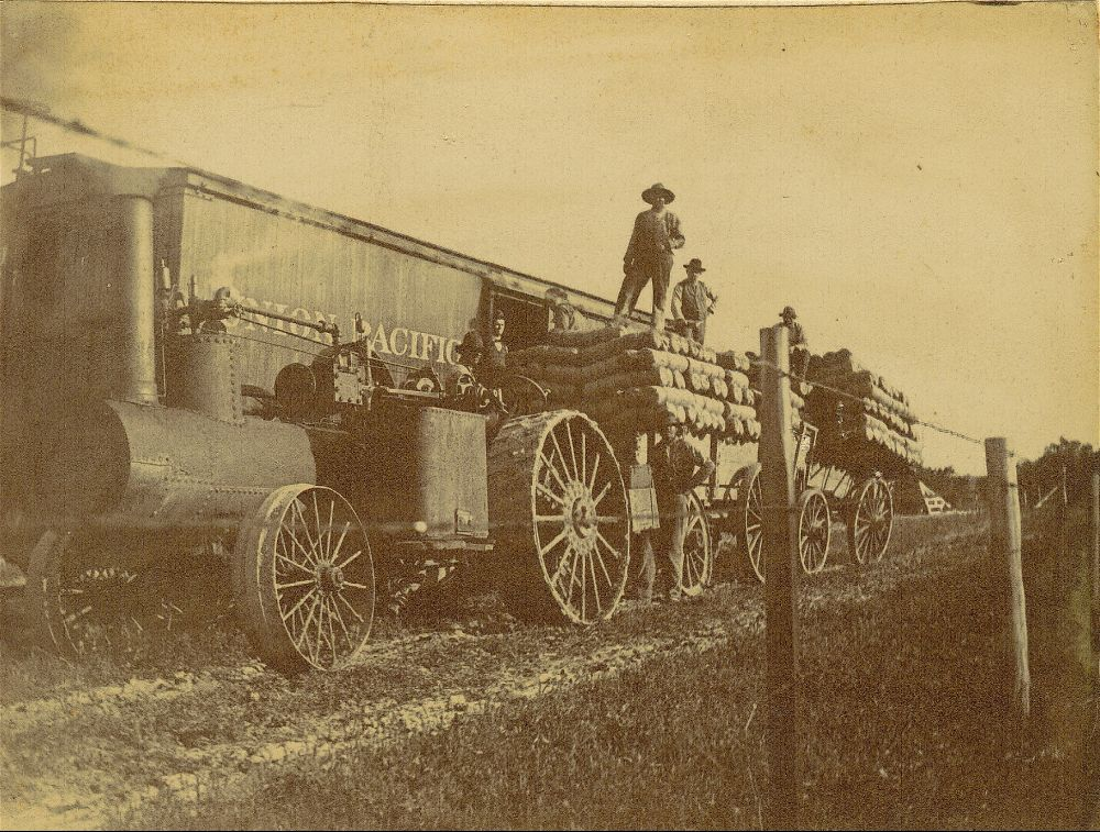 Loading twine on the Union Pacific railway
