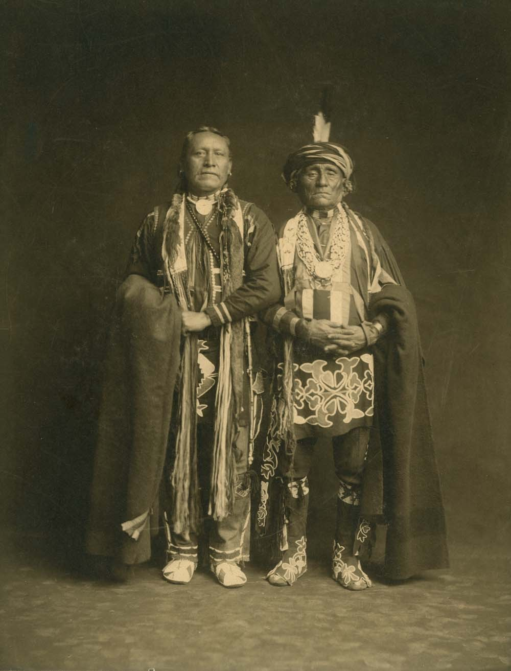 Chief Washungah and Wah-Moh-O-E-Ke