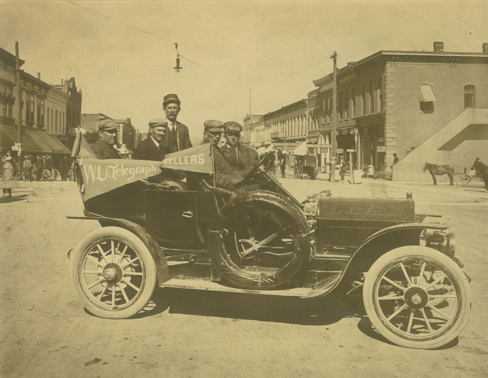 An automobile made by the Sellers Motor Car Company, Hutchinson, Kansas