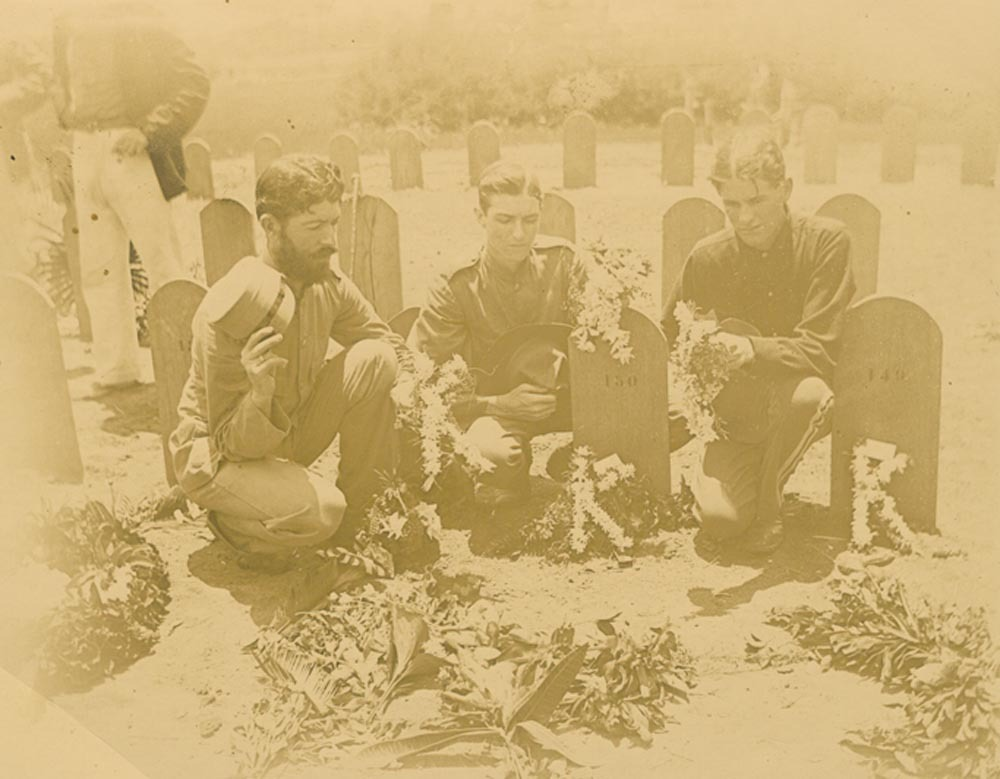 20th Kansas Regiment's band members at cemetery