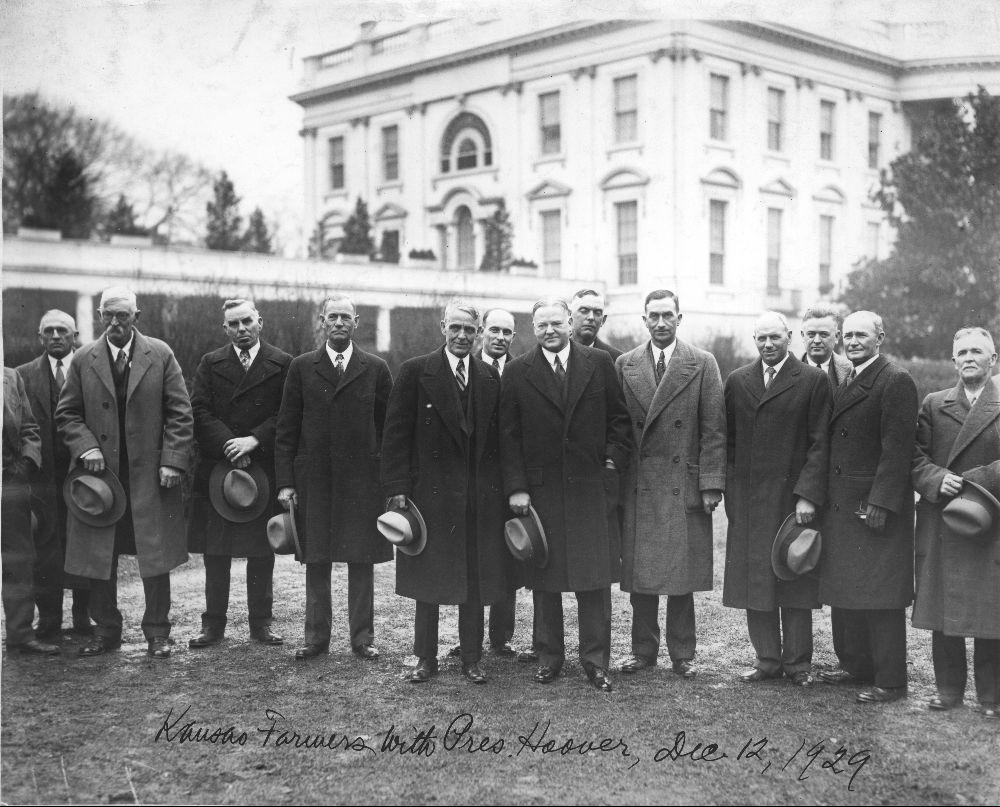 Arthur Capper and President Herbert Hoover with Kansas farmers