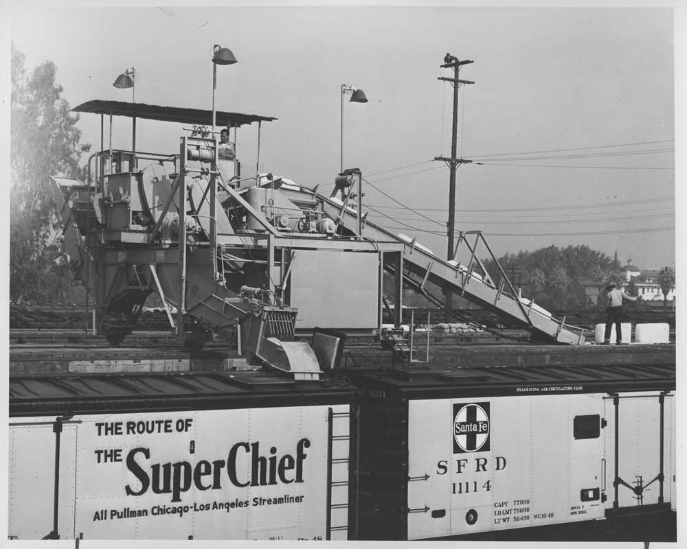 Santa Fe Railway ice machine