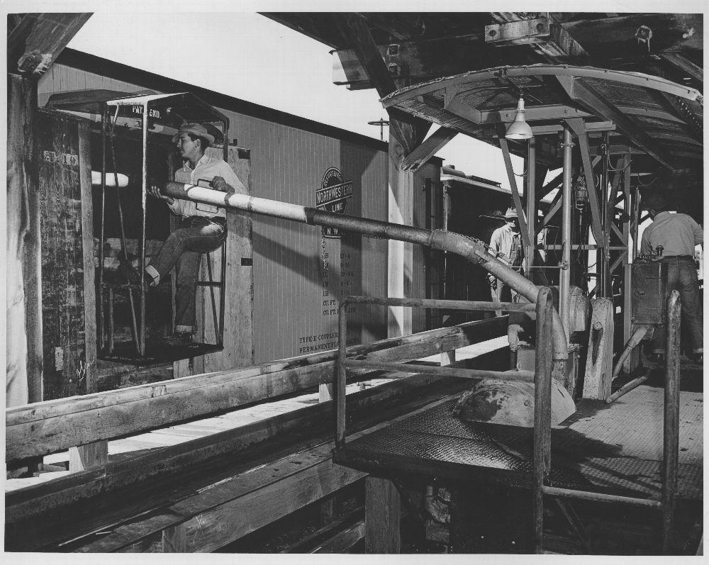 Santa Fe Railway ice machine Belen, New Mexico
