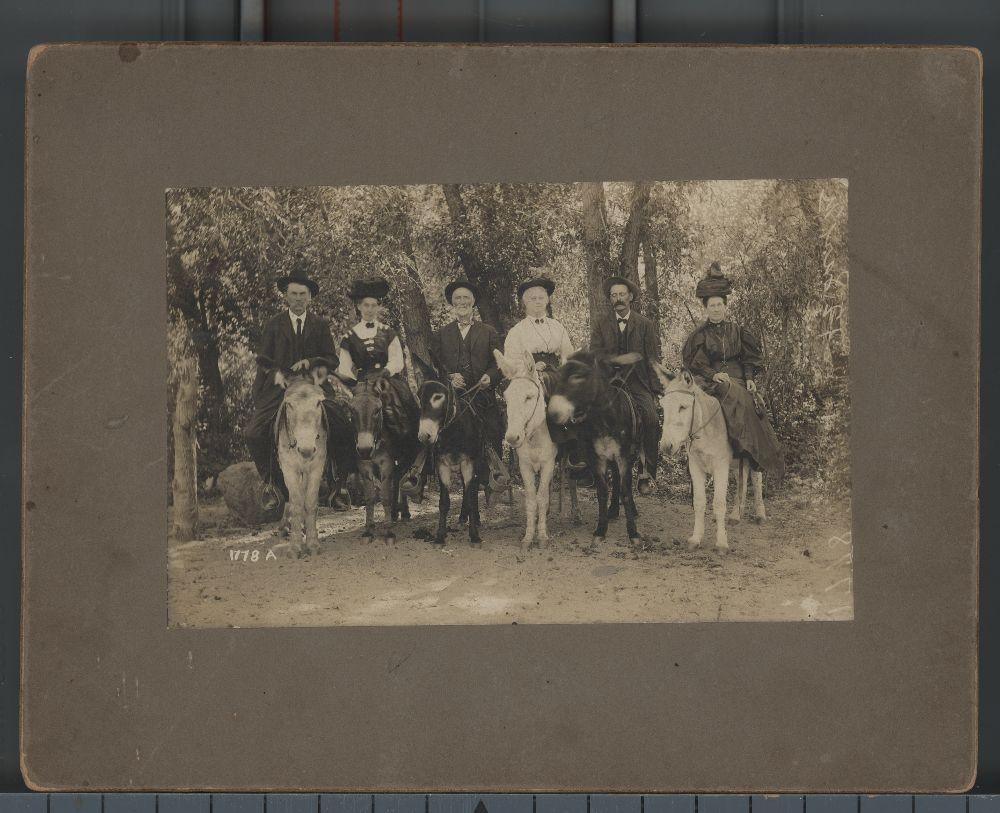 James Glenn McKethen and family members