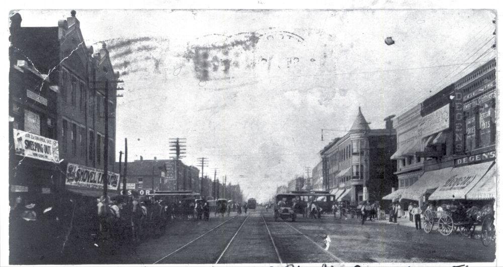 Broadway Avenue looking north, Pittsburg, Kansas