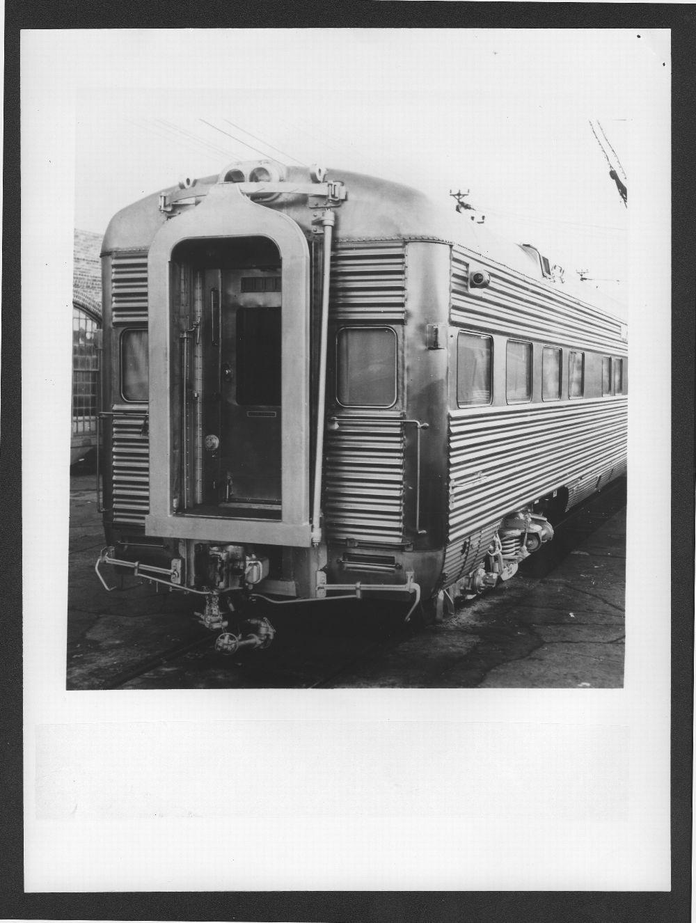 Atchison, Topeka & Santa Fe Railway's Vista Cavern passenger car