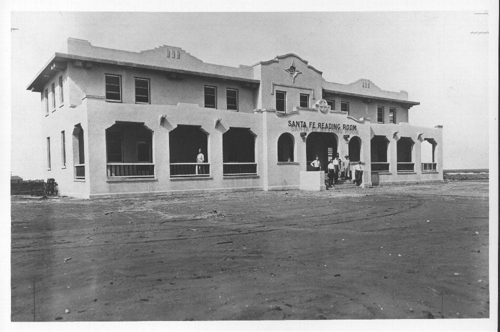 Atchison, Topeka and Santa Fe Railway Company reading room and depot, Slaton, Texas