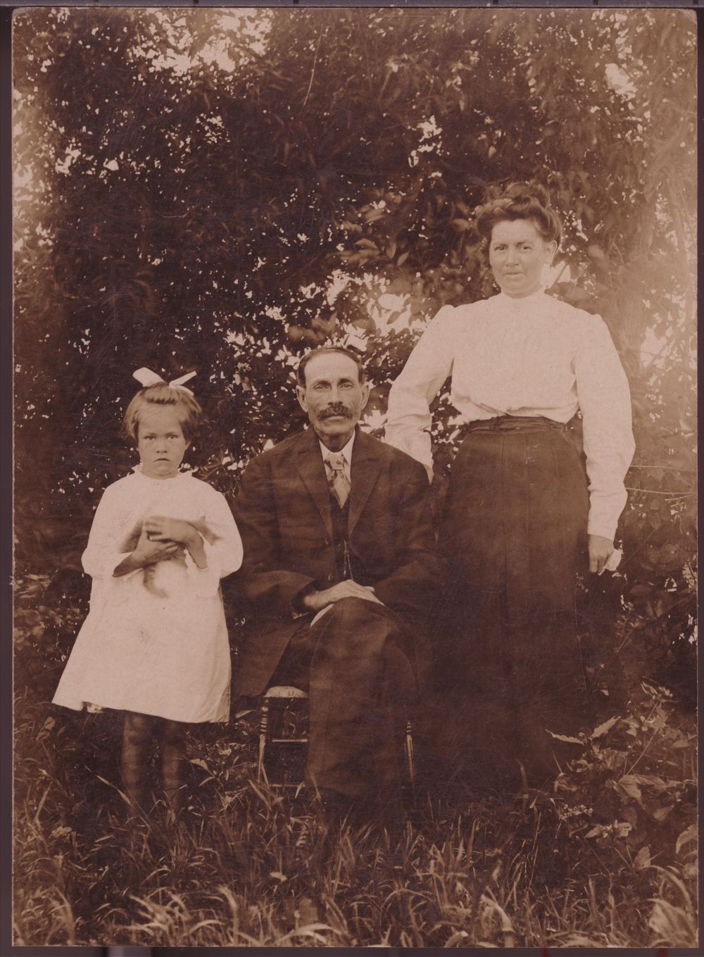Grace, William Henry and Lillian Maud Plumb Losey