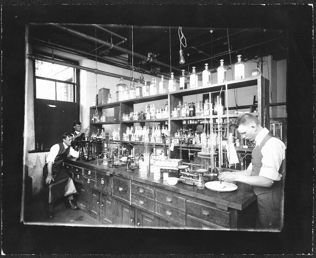 School of Pharmacy drug laboratory, University of Kansas, Lawrence, Kansas