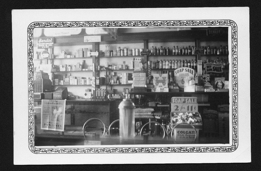 Linn Pharmacy and Drug Store, Linn Kansas - 3