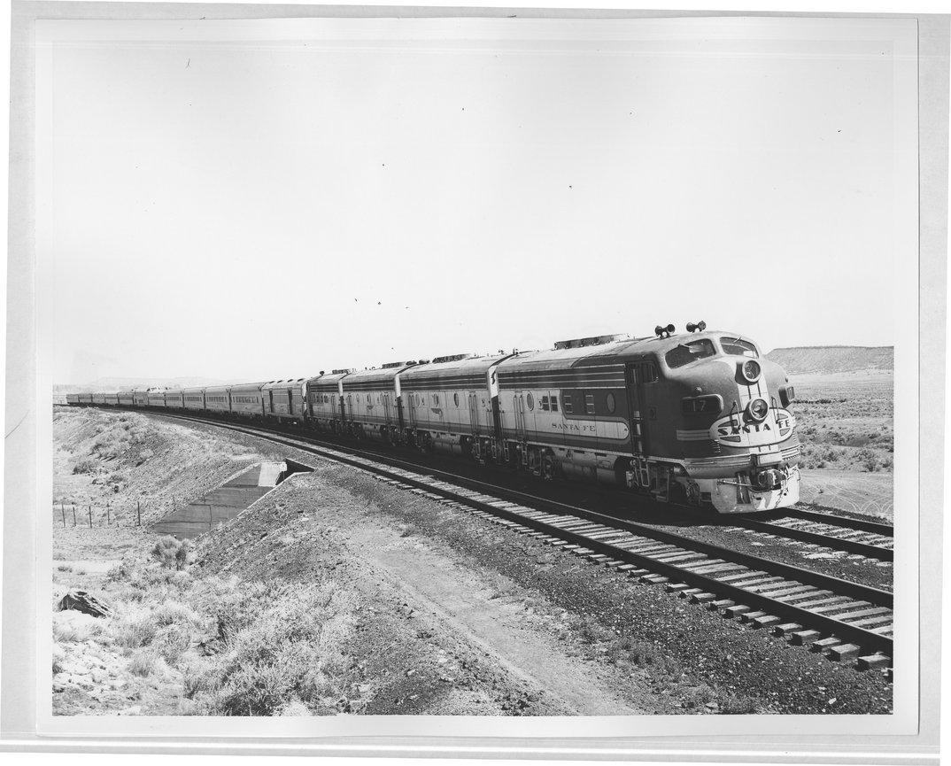 Atchison, Topeka & Santa Fe Railway Company's San Francisco Chief, Arizona