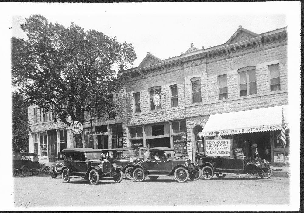 Alma, Kansas street scene