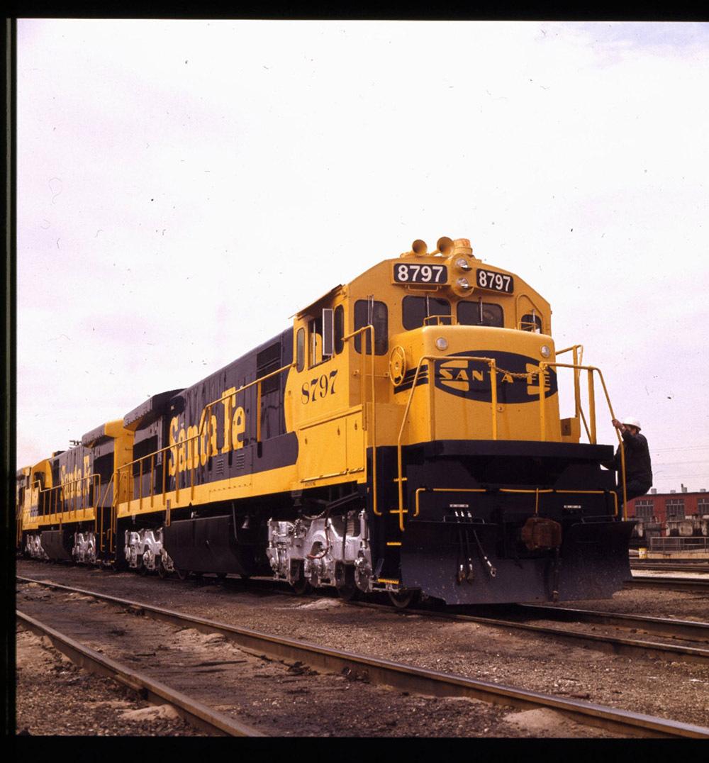 Atchison, Topeka & Santa Fe Railway Company's general electric locomotive
