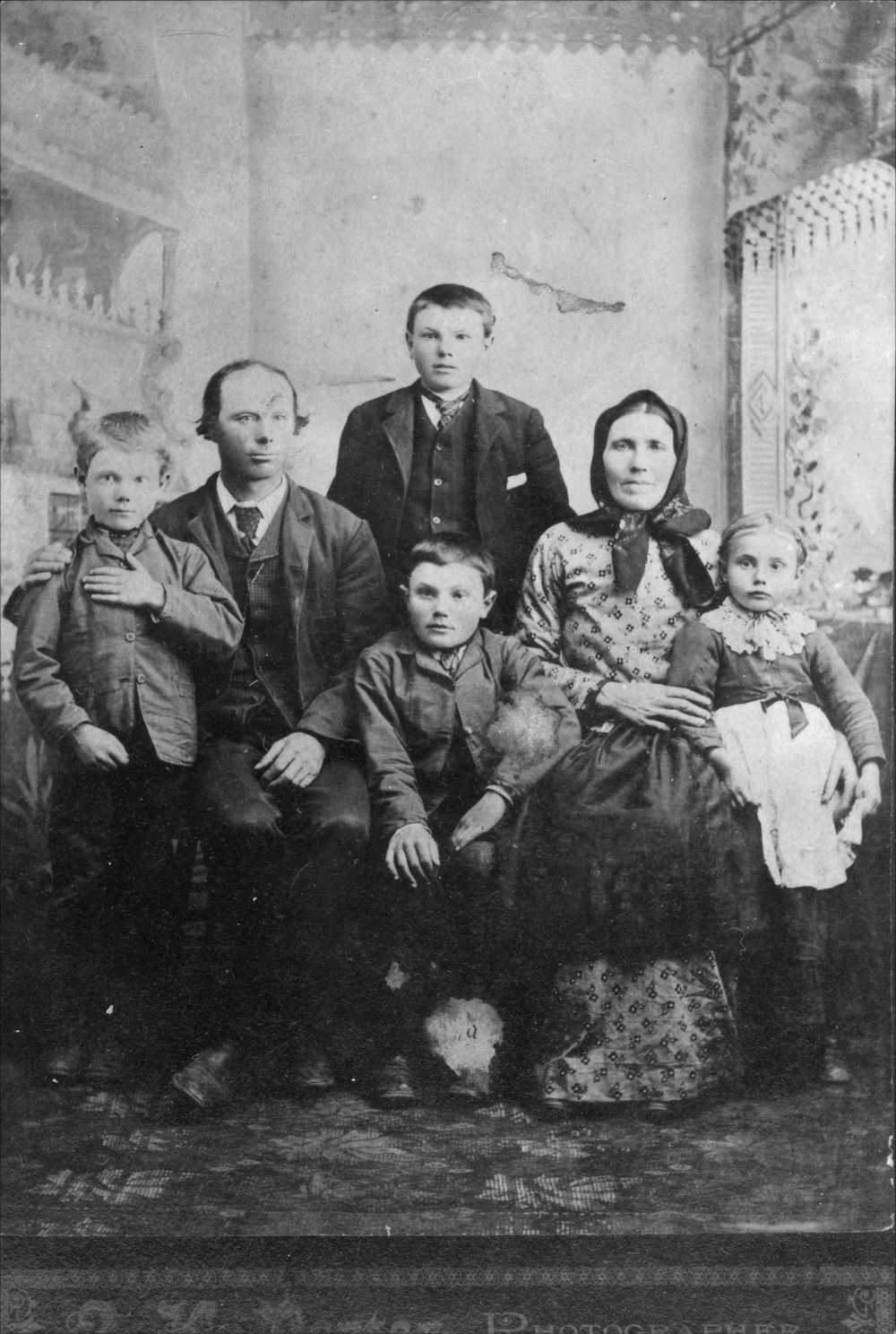 Volga German family, Ellis, Kansas