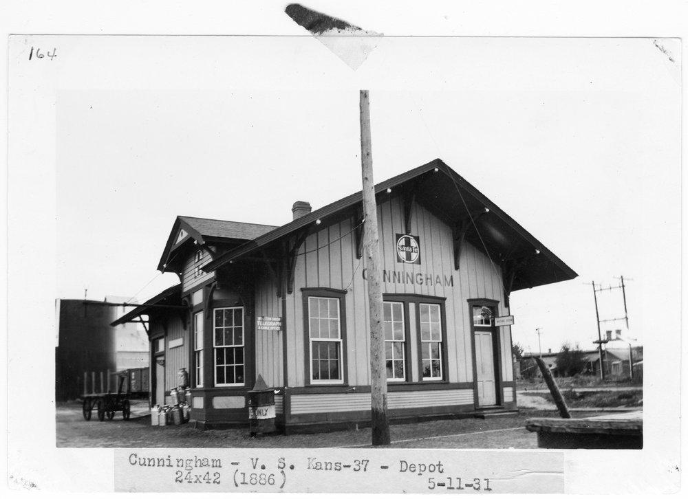 Atchison Topeka and Santa Fe Railway Company depot, Cunningham, Kansas