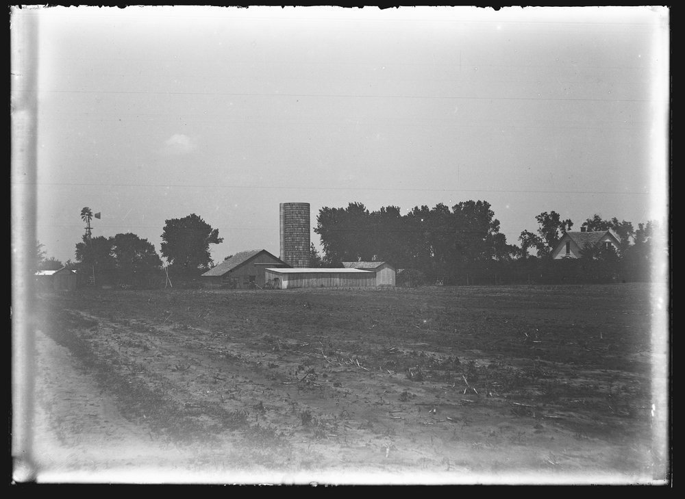 Golden Charles Dresher photograph collection - Exterior view of the G.C. and Maude ( Way) Dresher farm and property in Canton,  McPherson County, Kansas in 1934 (Neg. 3)