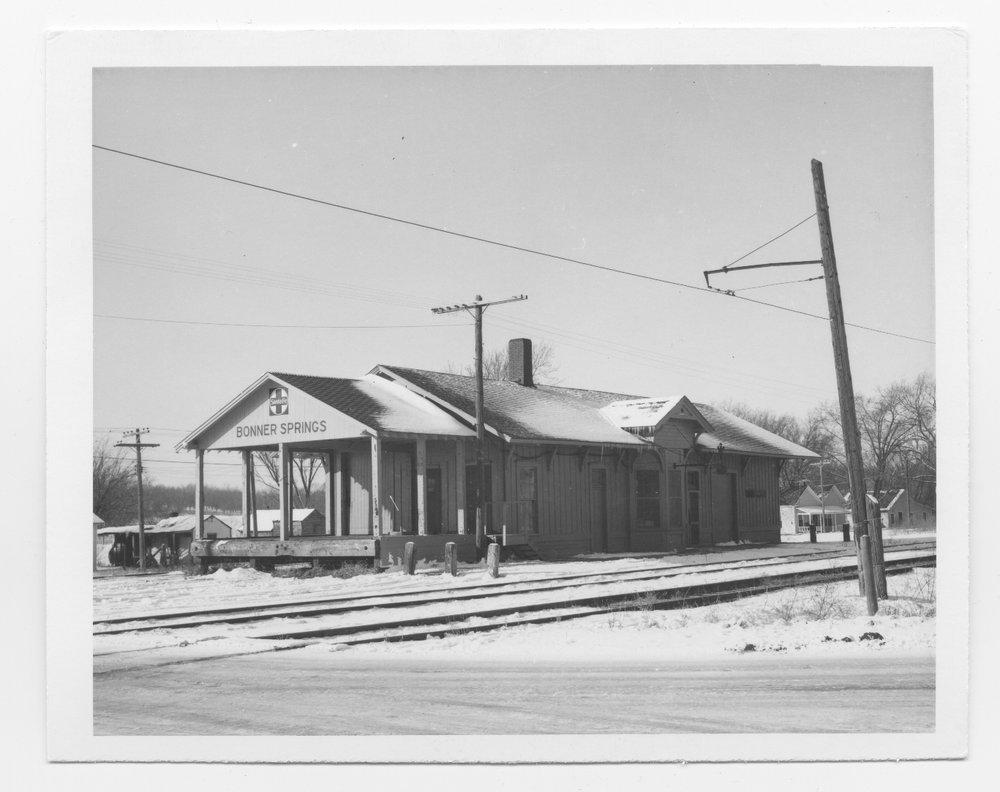 Atchison, Topeka and Santa Fe Railway Company depot, Bonner Springs, Kansas