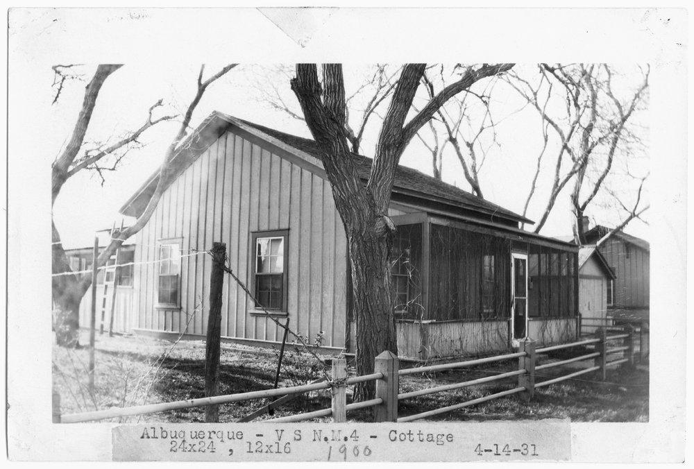 Atchison, Topeka & Santa Fe Railway Company cottage, Albuquerque, New Mexico