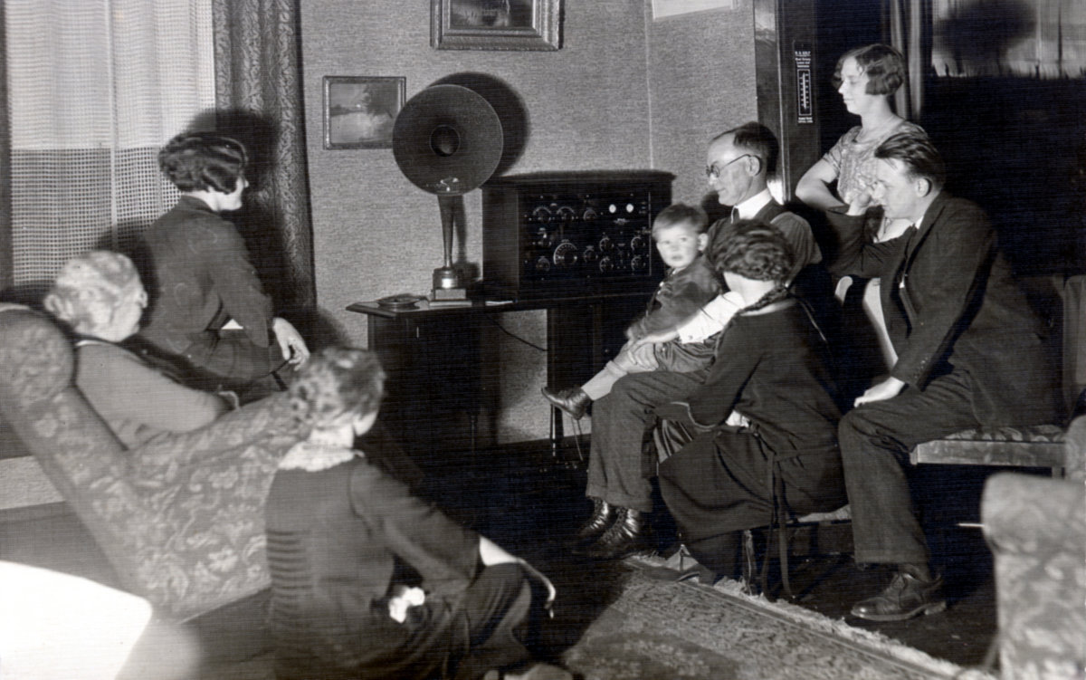 Allen D. Birch and family gathered to listen to radio