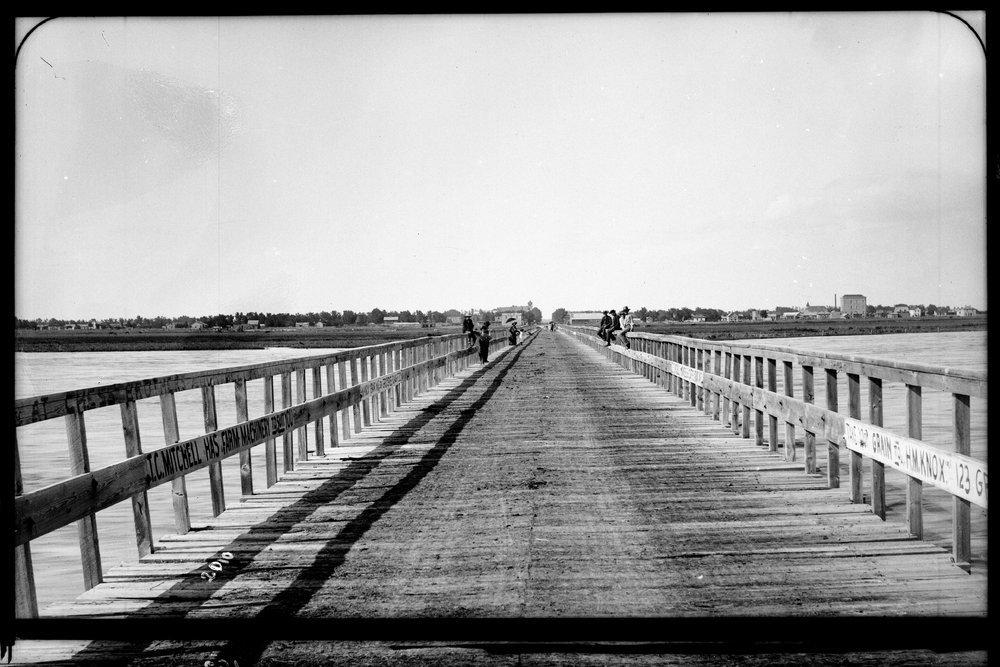 Arkansas River bridge, Garden City, Kansas