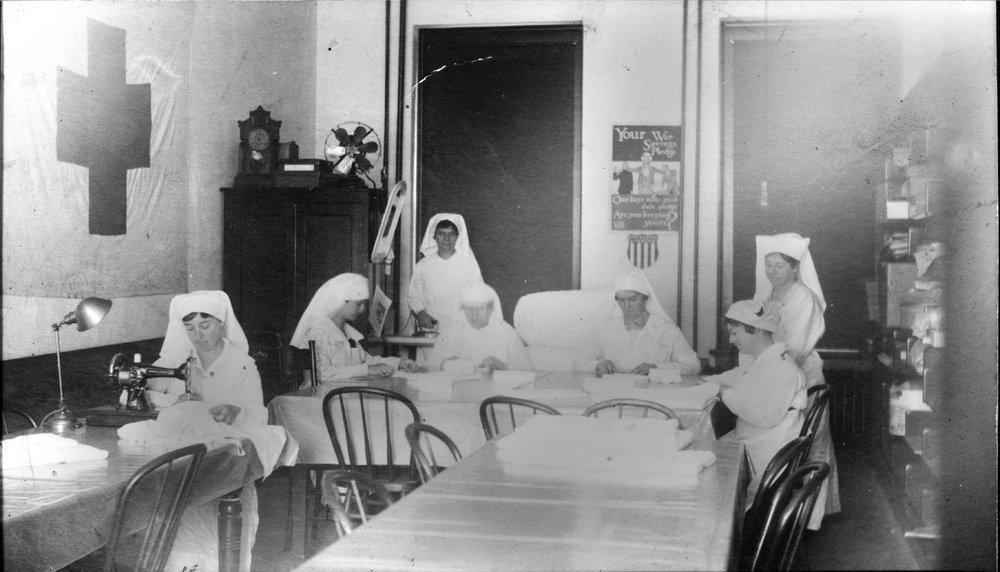 Red Cross women at work, World War I