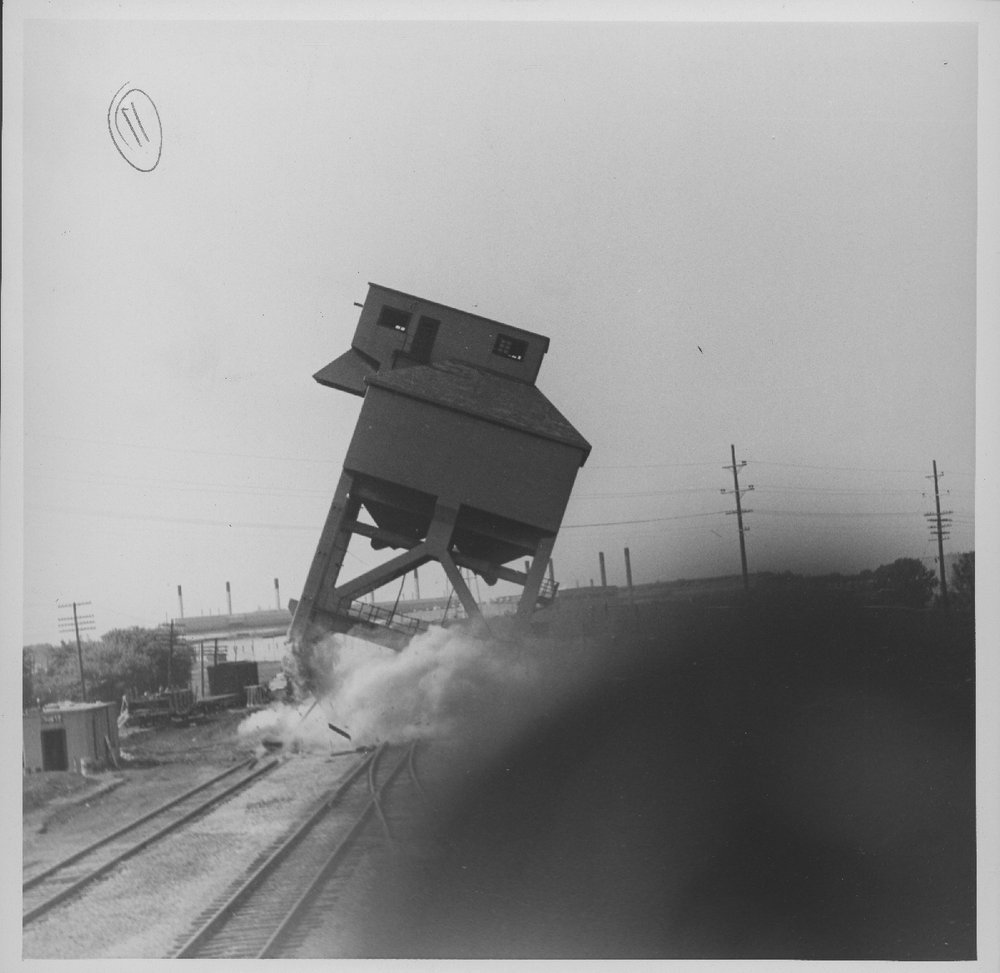 Atchison, Topeka & Santa Fe Railway Company coal chute, Baring, Missouri - 2