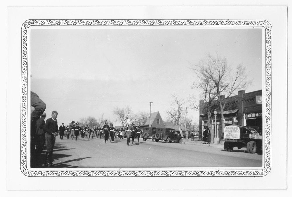 Thanksgiving parade, Cimarron, Kansas - 3