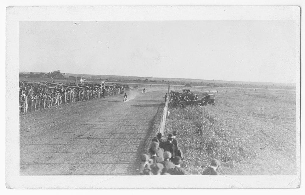 Motorcycle race, Gray County, Kansas