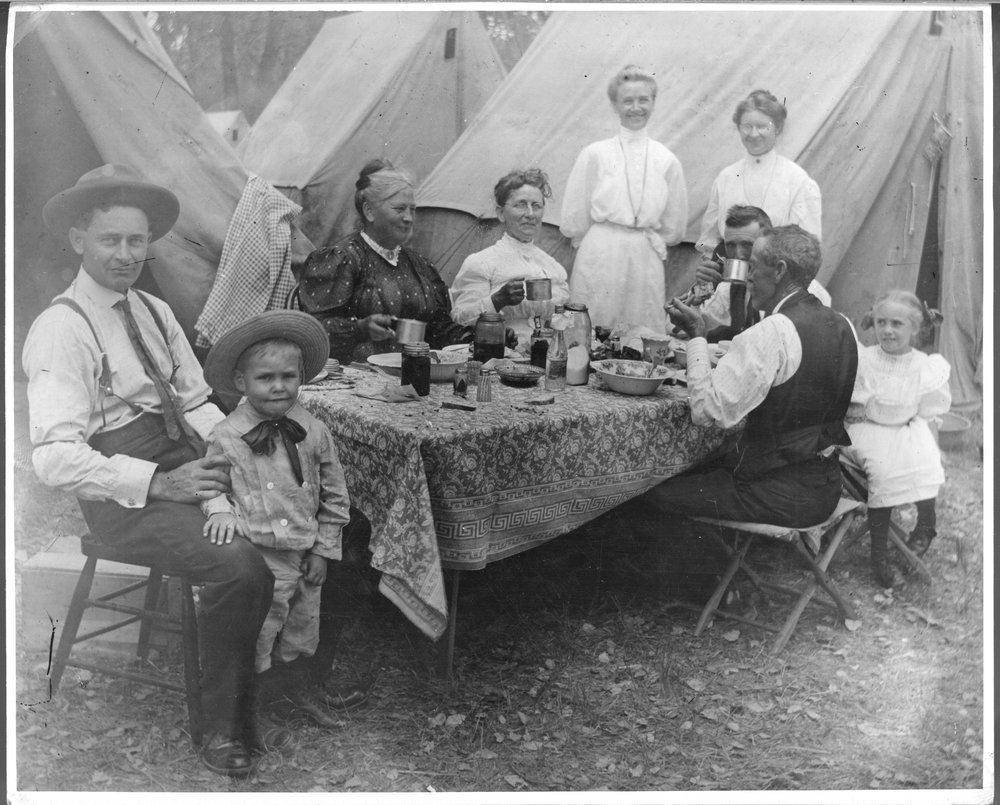 A family picnic, Gray County, Kansas