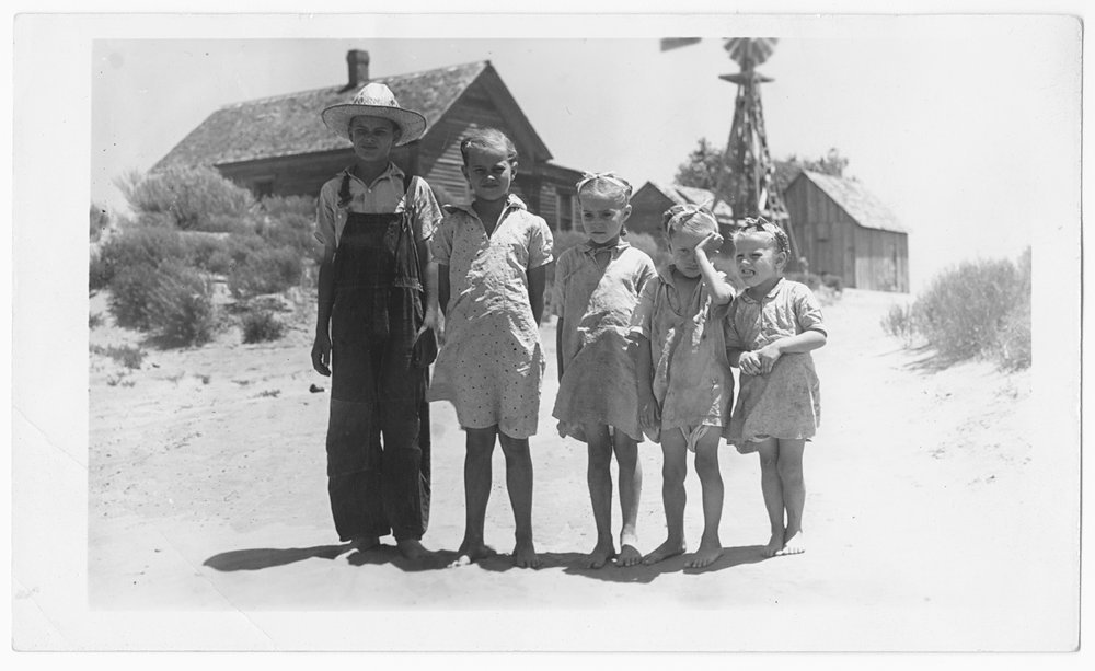 Children, Gray County, Kansas
