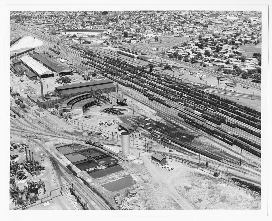 Atchison, Topeka & Santa Fe rail yards, Richmond, California