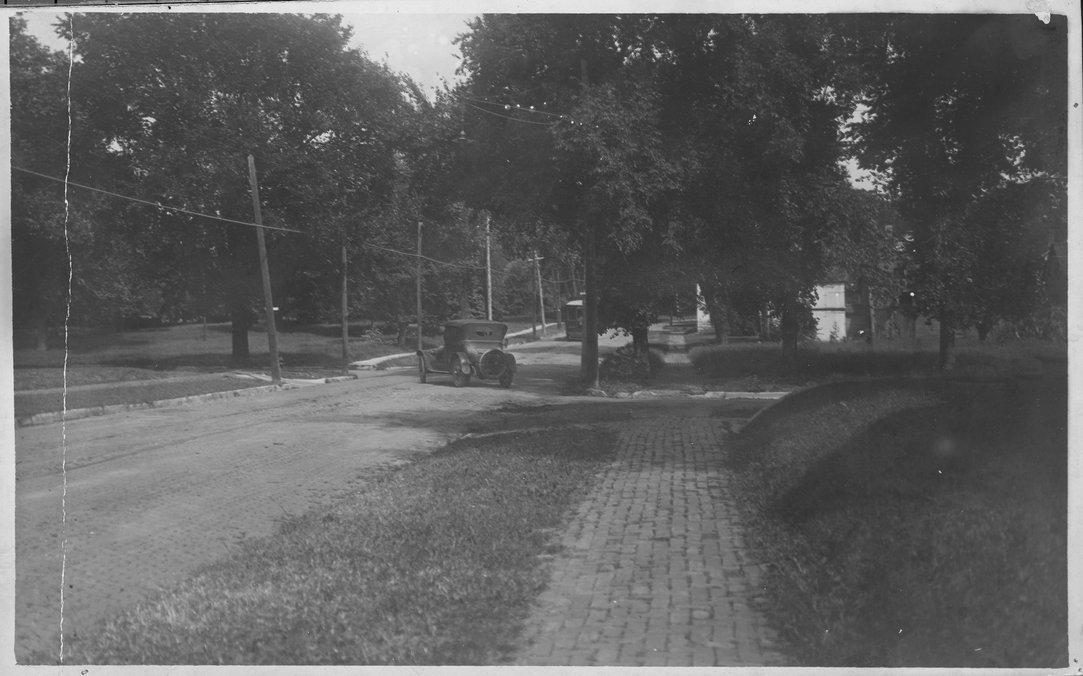 Tenth Street and Garfield Avenue, Topeka, Kansas