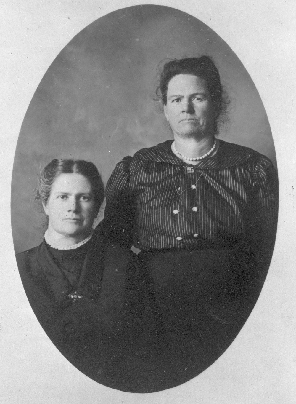 Lora McColl Mills and Ada McColl Thiles