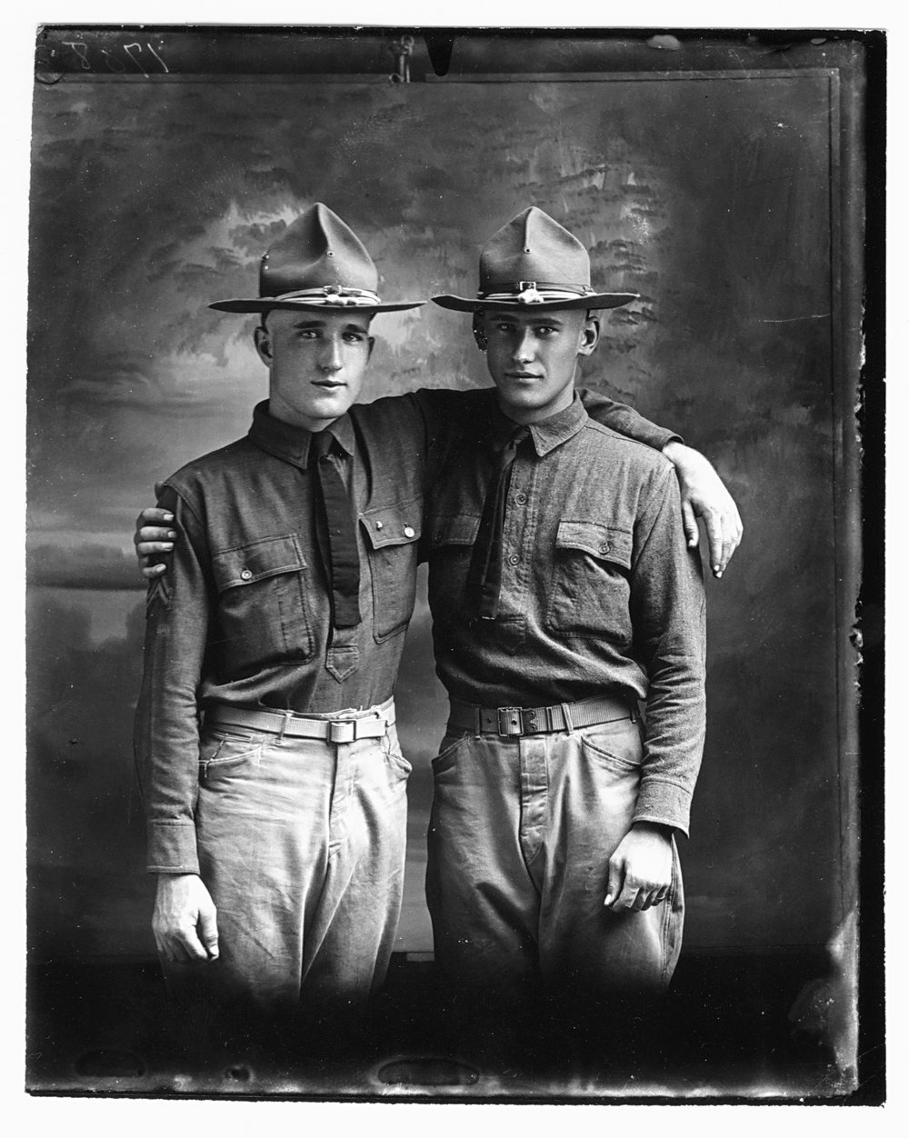 Photograph of two unidentified World War I soldiers
