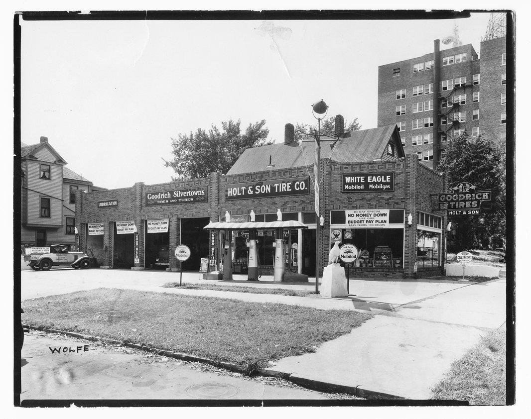 Holt & Son Tire Company, Topeka, Kansas - 1