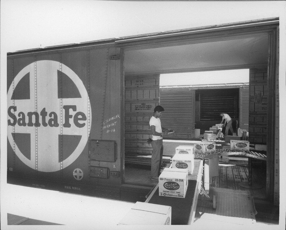 Atchison, Topeka & Santa Fe Railway Company freight house, Lubbock, Texas - 1