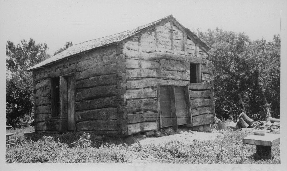 Log cabin, Sheridan County, Kansas