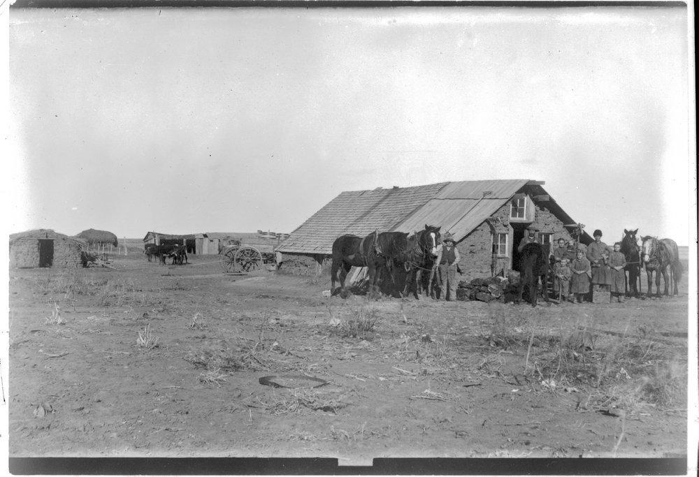 Sod Home Garden City Finney County Kansas Kansas Memory Kansas Historical Society