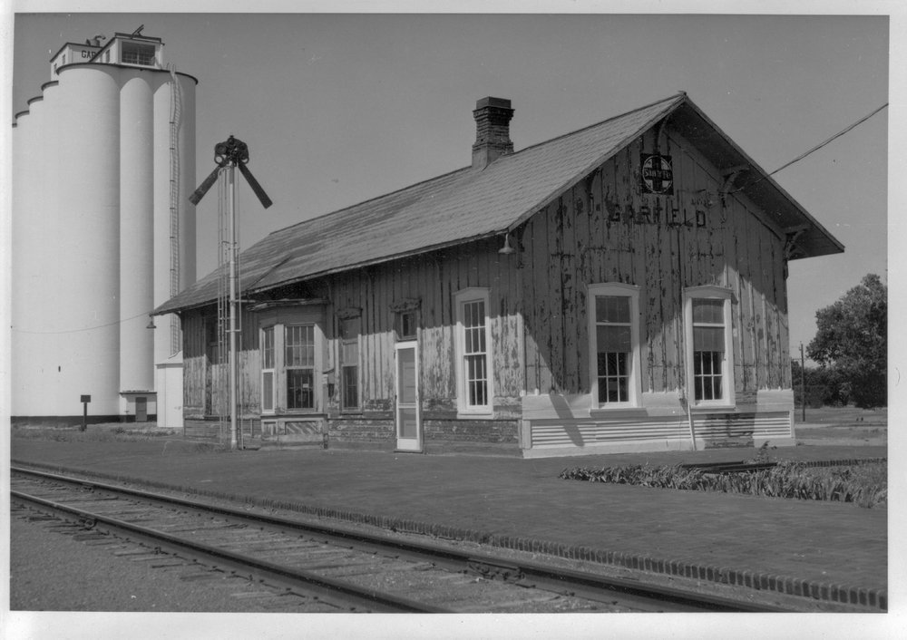 Atchison, Topeka and Santa Fe Railway Company depot, Garfield, Kansas