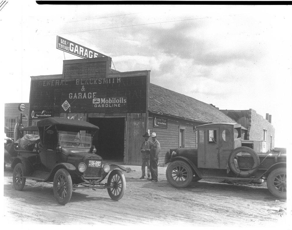 George Thyfault's Garage, Tribune, Kansas