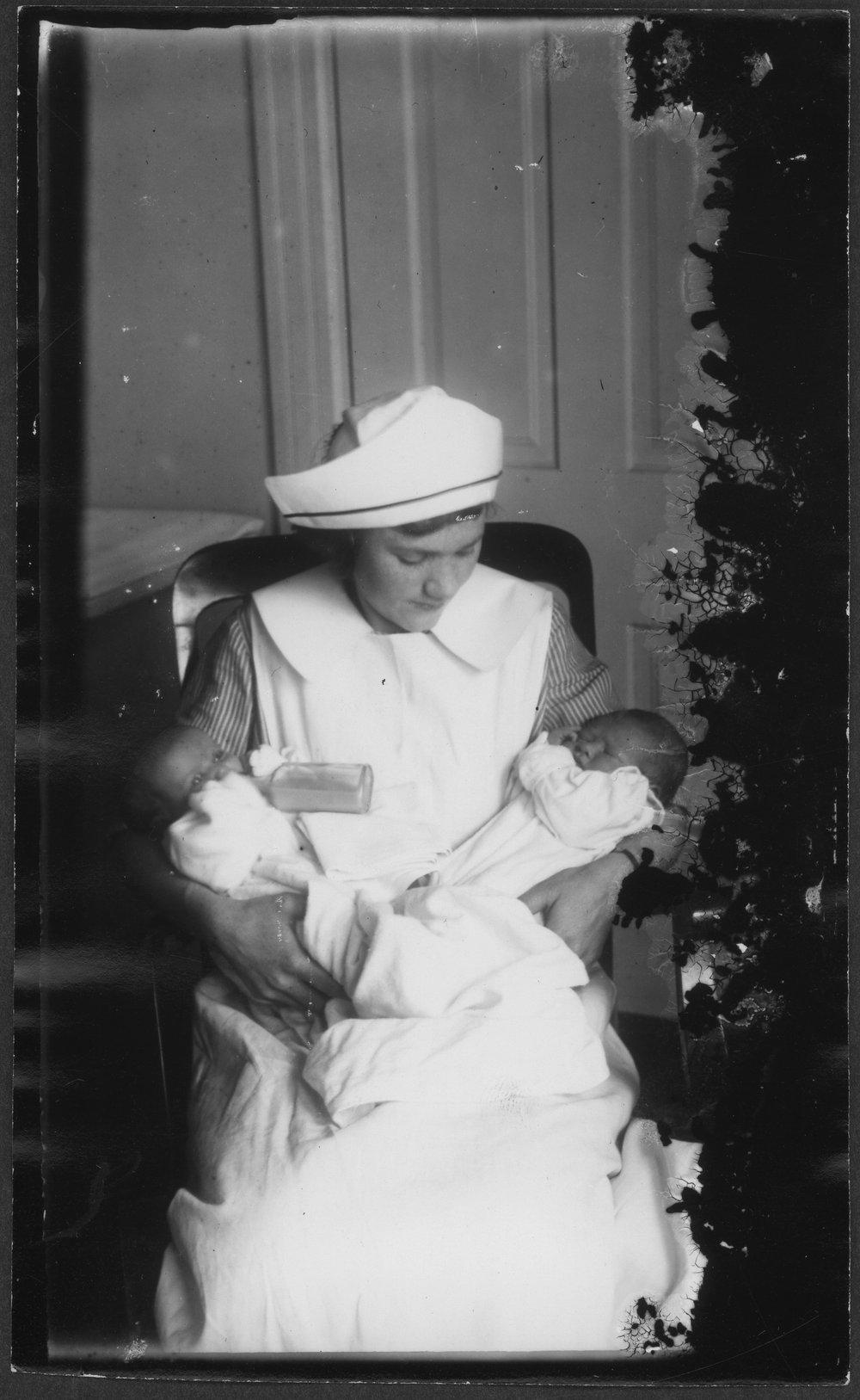 Nurses and babies - 4