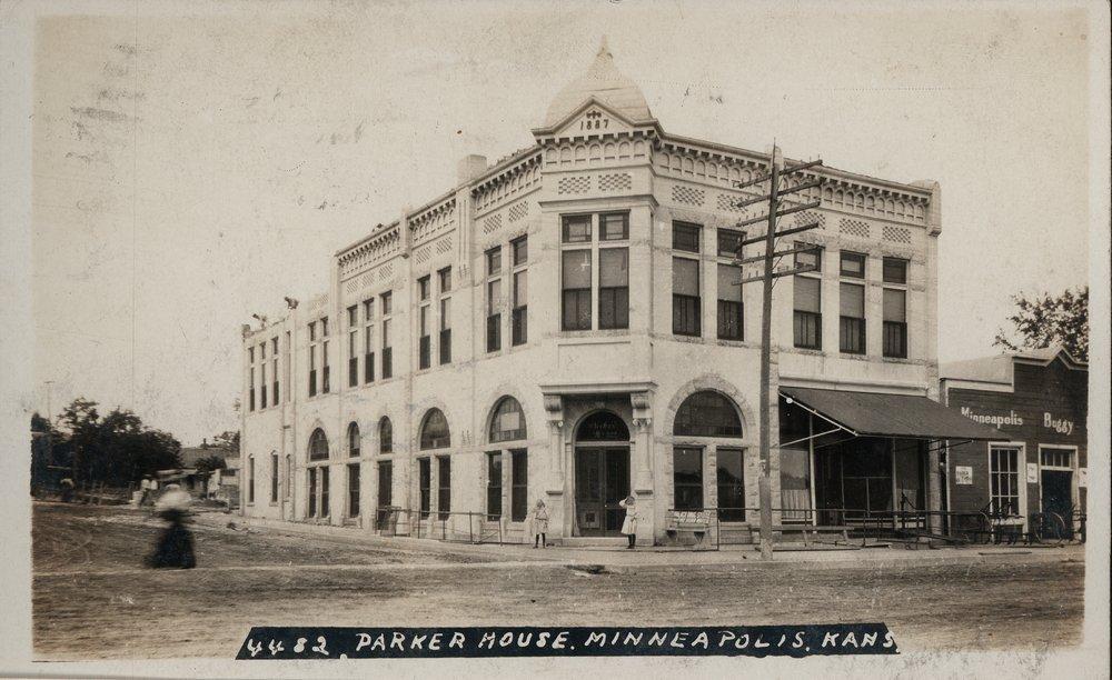 Parker House in Minneapolis, Kansas