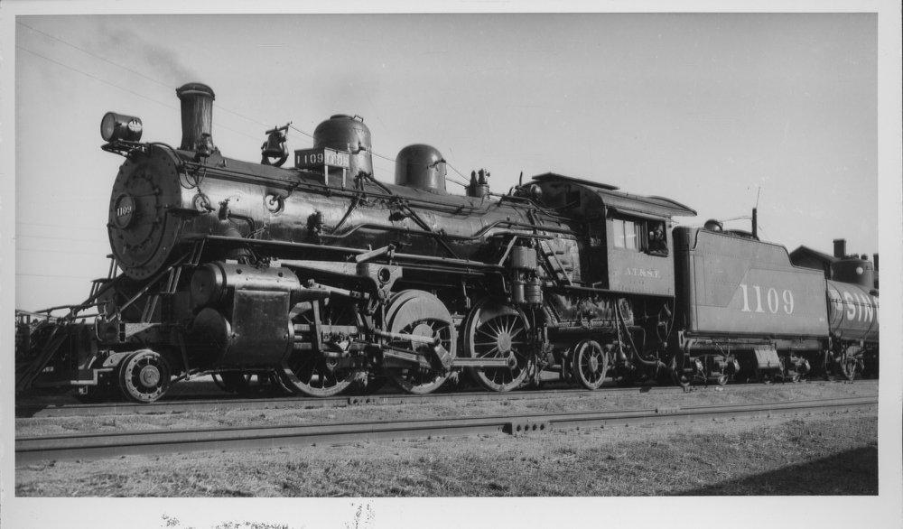Atchison, Topeka & Santa Fe Railway Company's steam locomotive #1109