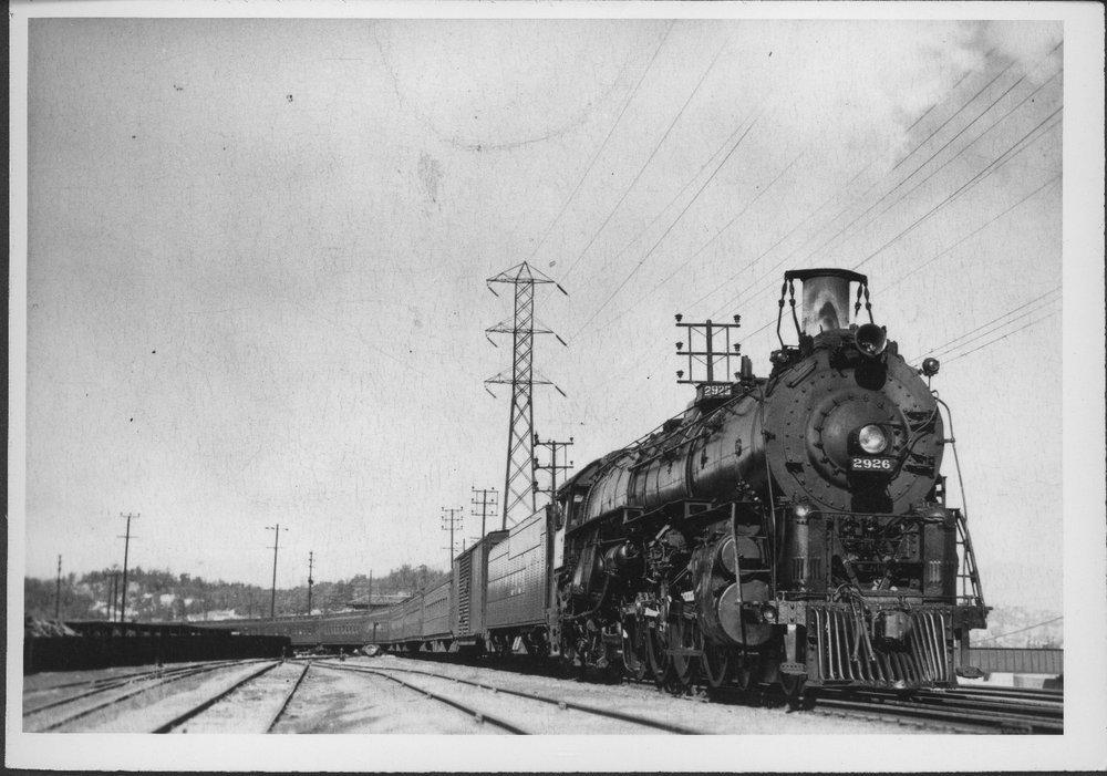 Atchison, Topeka & Santa Fe Railway Company's steam locomotive #2926