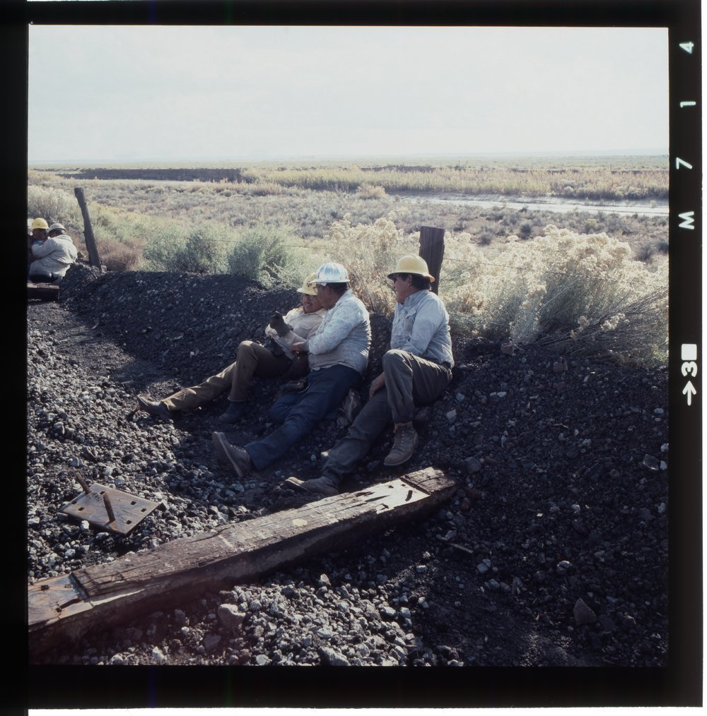Atchison, Topeka & Santa Fe Railway Company's track crew, Arizona - 4