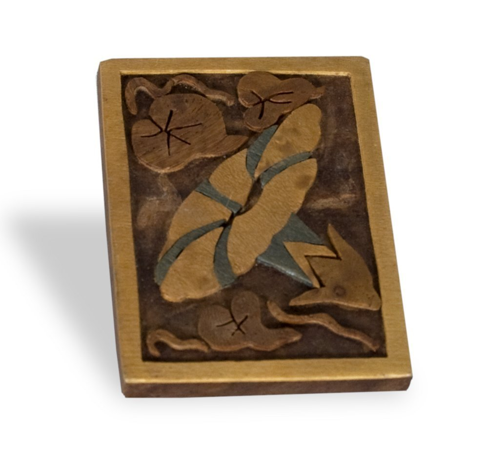 Woodcut pin