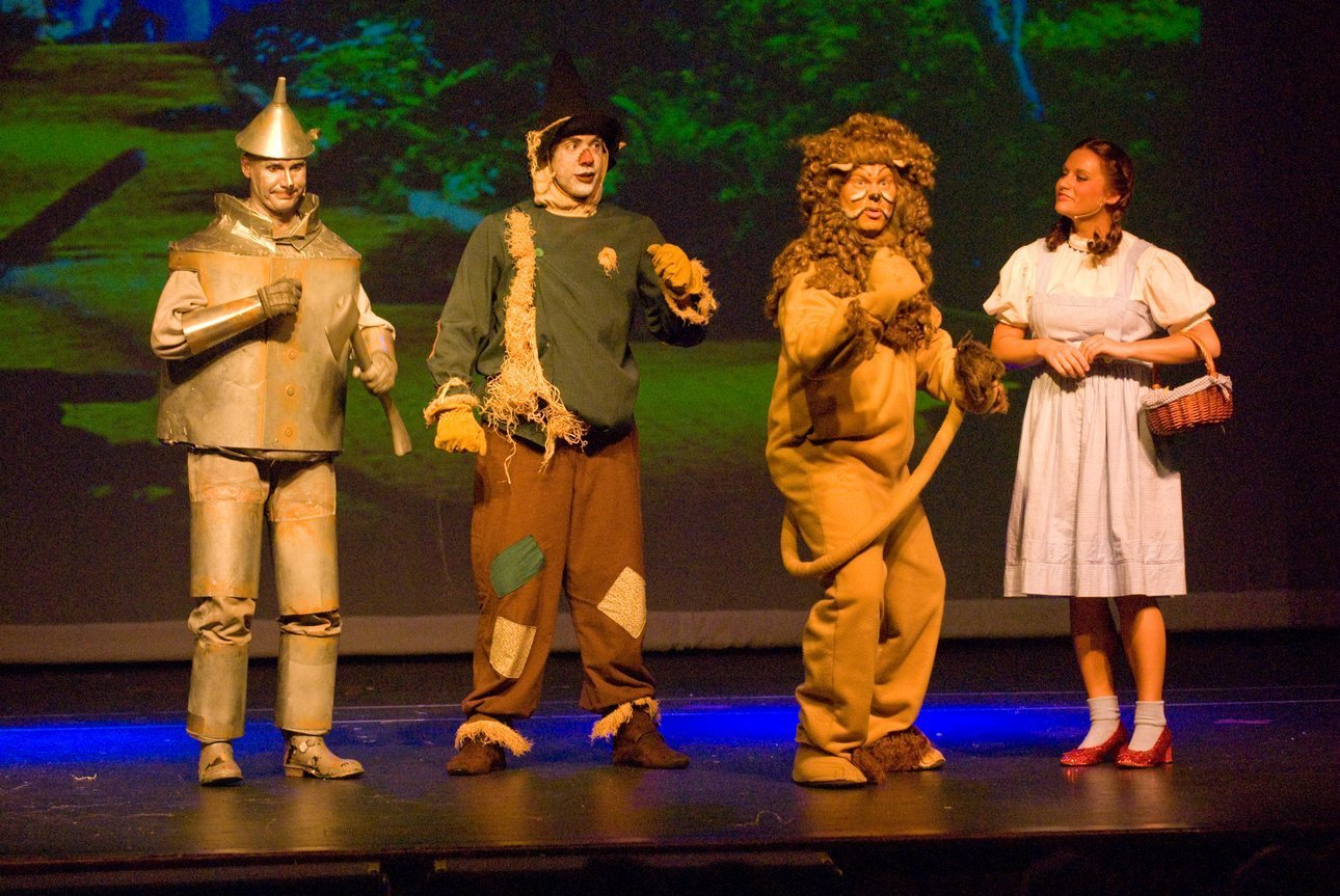 Wizard of Oz cast on stage at Oztober Fest
