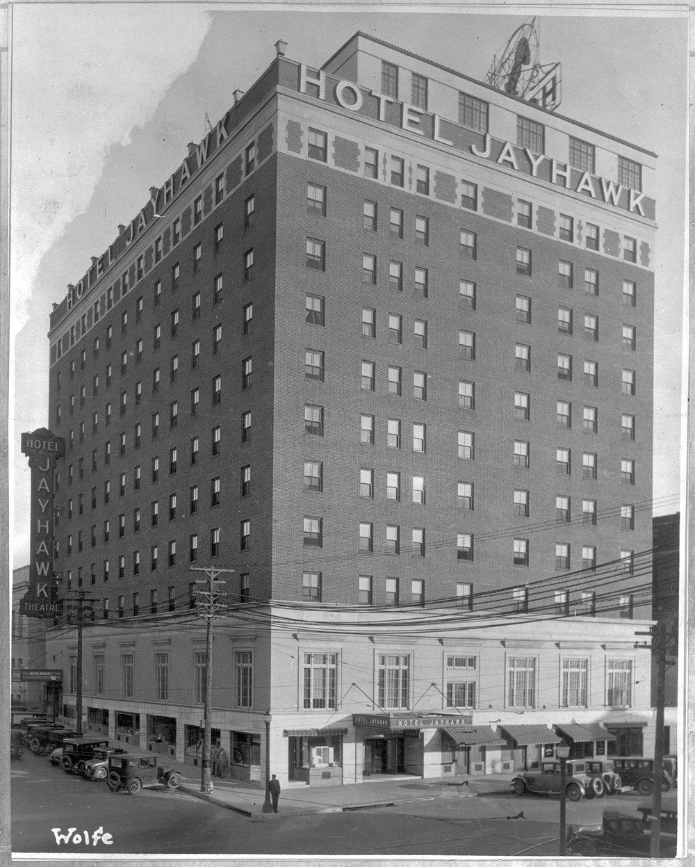 Hotel Jayhawk Topeka Kansas