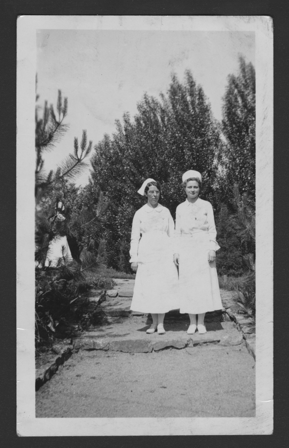 Menninger Clinc Sanitarium staff, Southard School - Nurses Gladys Stilson and Isabel Erickson in 1936.